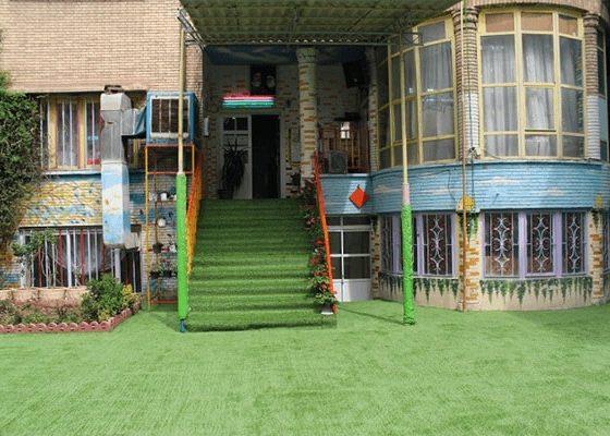 چمن مصنوعی برای حیاط مدرسه